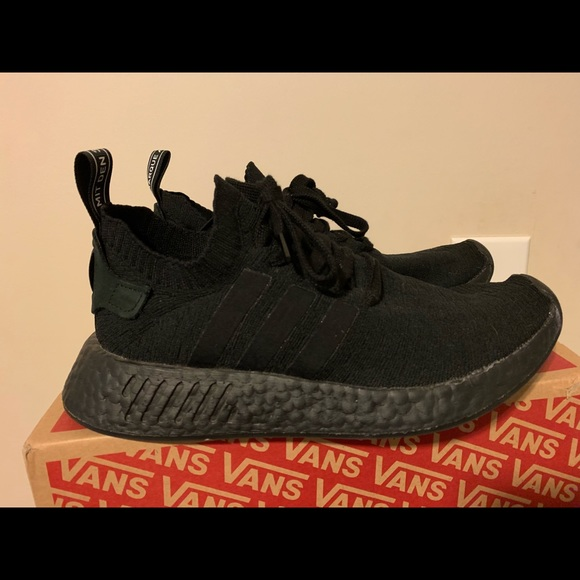 new arrival 53e14 01666 Adidas NMD R2 all black